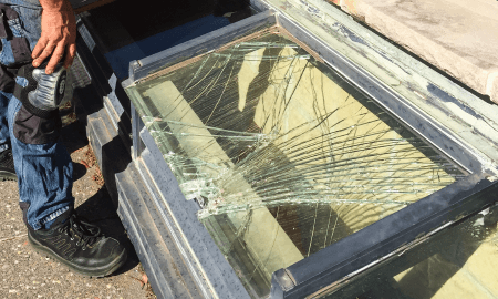 emergency-glass-repairs-replacement
